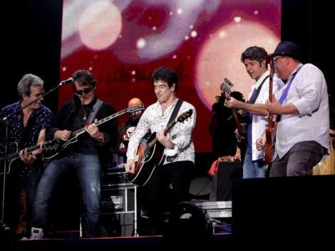 O show teve participações especiais de Gal Costa, Paulo Ricardo e Kid Abelha (Foto: Léo Franco/AgNews)