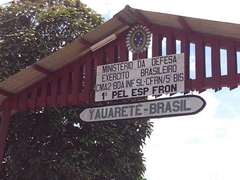 E, finalmente, chegamos na fronteira com a Colômbia (Foto: Agnes Sofia)