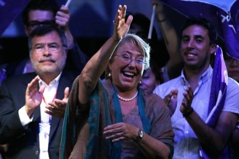 Michelle Bachelet retorna à presidência do Chile.